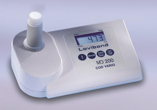 Lovibond MD200 több funkciós vízanalitikai fotóméter UVM-MD2-61