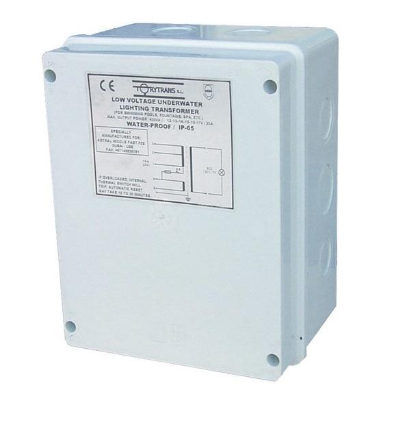 AstralPool AC 12-17V 130VA IP65 biztonsági transformátor AP-35807