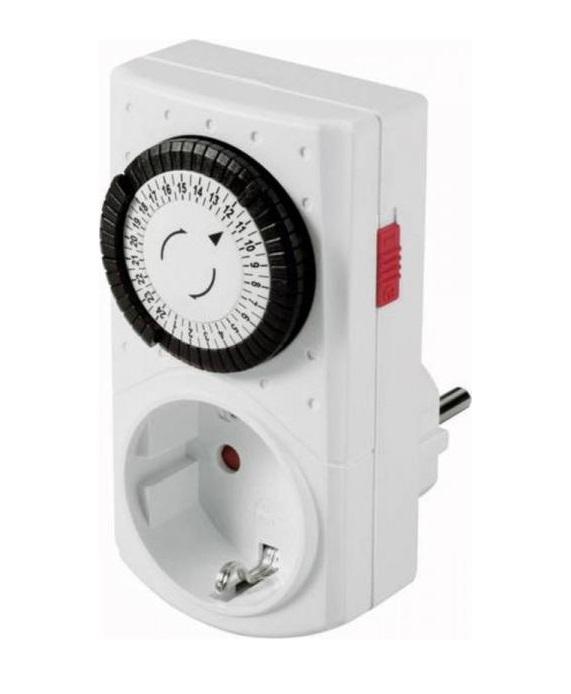 Időzítő kapcsoló (24 órás) mechanikus beállítással SAL 0760S